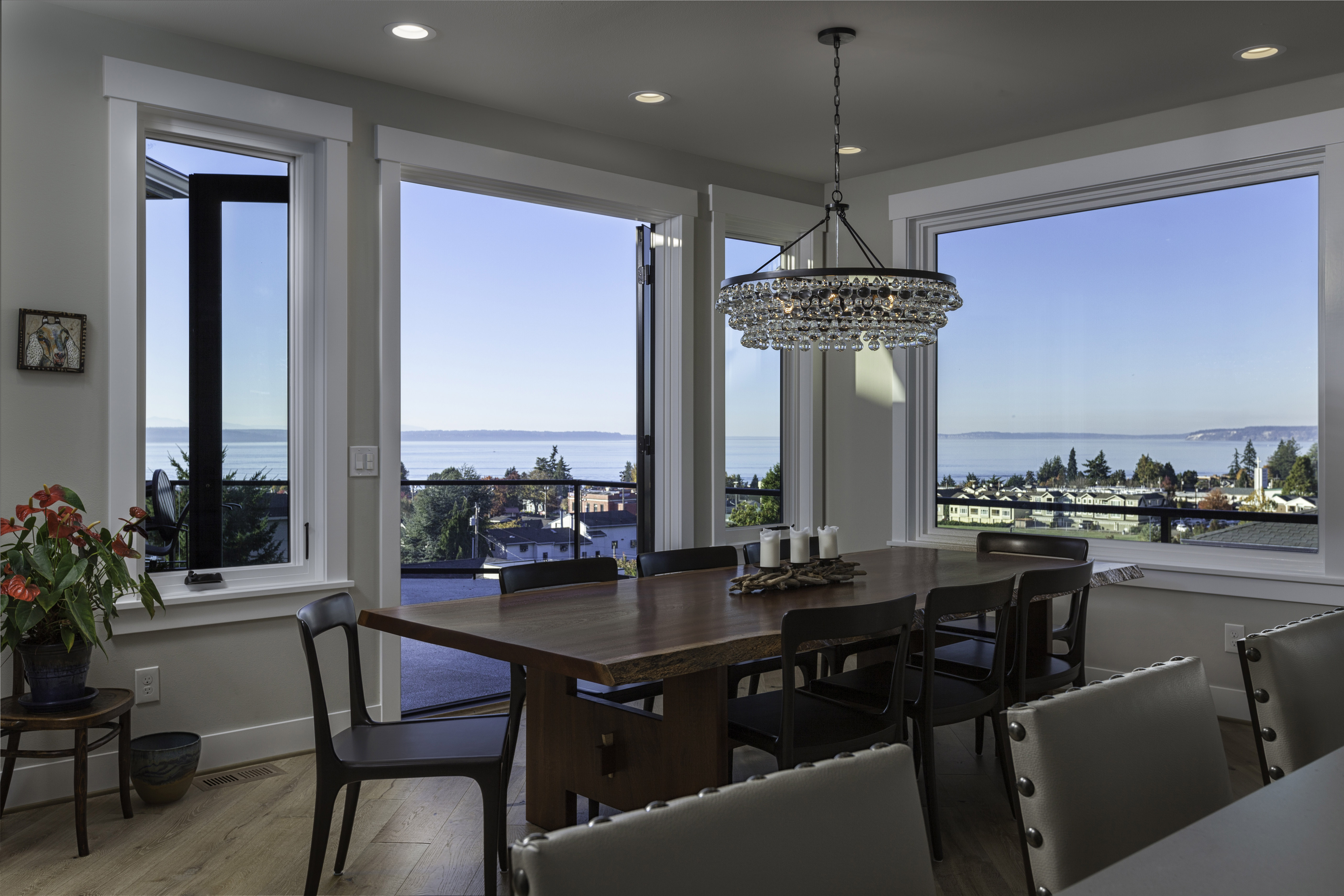 ... Dining Light House On Puget Sound 820x420 ...