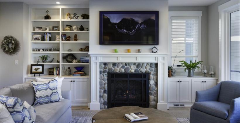 Living-Light-House-on-Puget-Sound-820x420.jpg